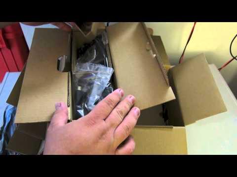 Icom IC-7100 Unboxing