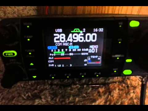 Icom ic-7000 10 meter open from horse trailer