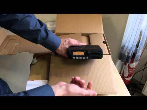 TM281 E Kenwood Radio VHF presentation GoTechnique.com