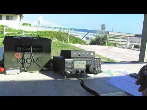 Operating The ICOM 718 Ham Radio From New Smyrna Beach,Florida 10- 10- 2014