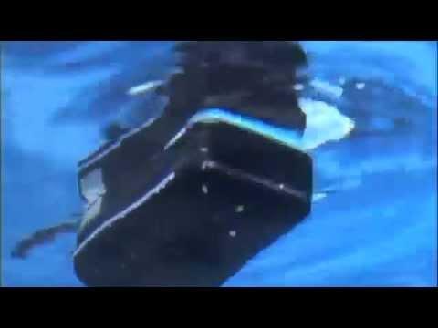 The New Icom M24 Float N Flash Marine VHF Radio - iboats.com