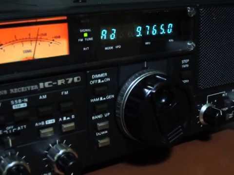 ICOM IC-R70 / Radio New Zealand