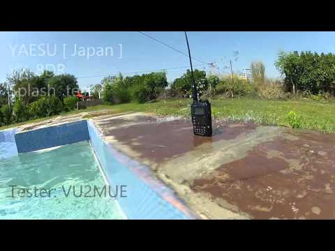 YAESU VX 8DR Underwater and Splash test by VU2MUE